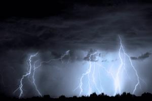 Jesus viu Satanás caindo do céu como relâmpago. Isso se refere a expulsão do diabo do céu?